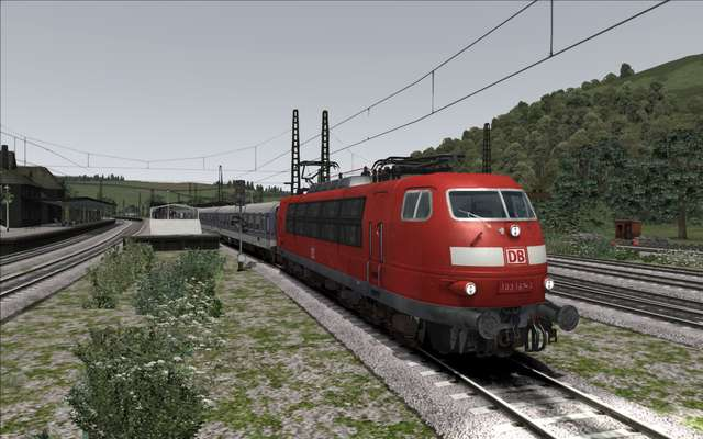 Vizzart - Rail.Arts BR 103 Traffic Red